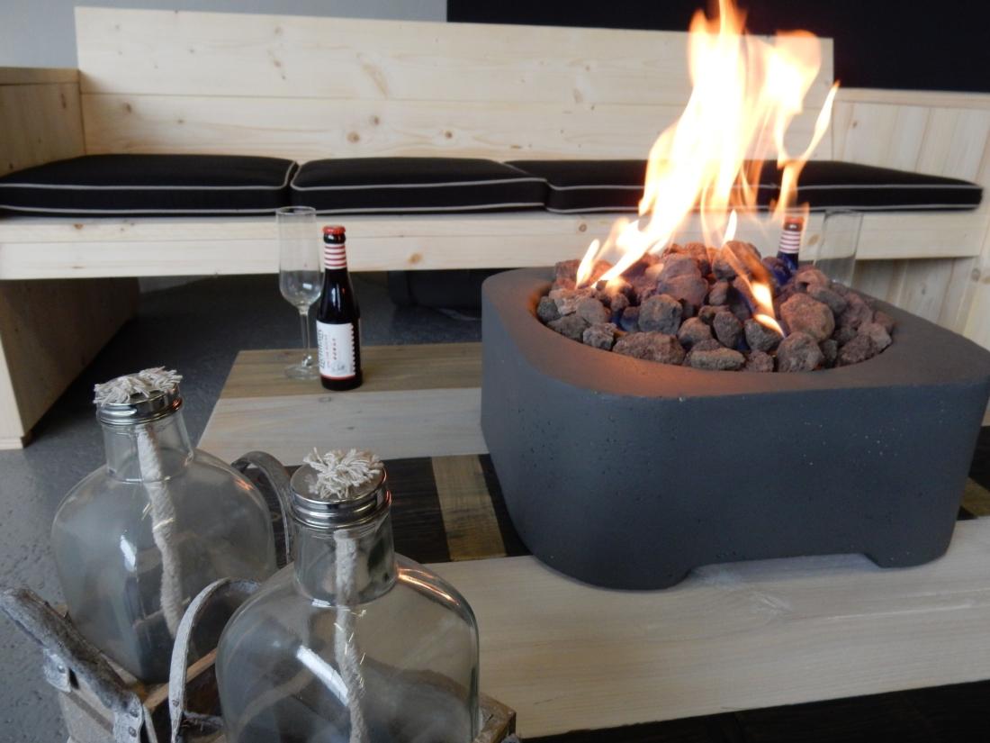 Relaxen met een Loungebank van Vivencia Vuur