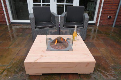 Lounge tafel met haard