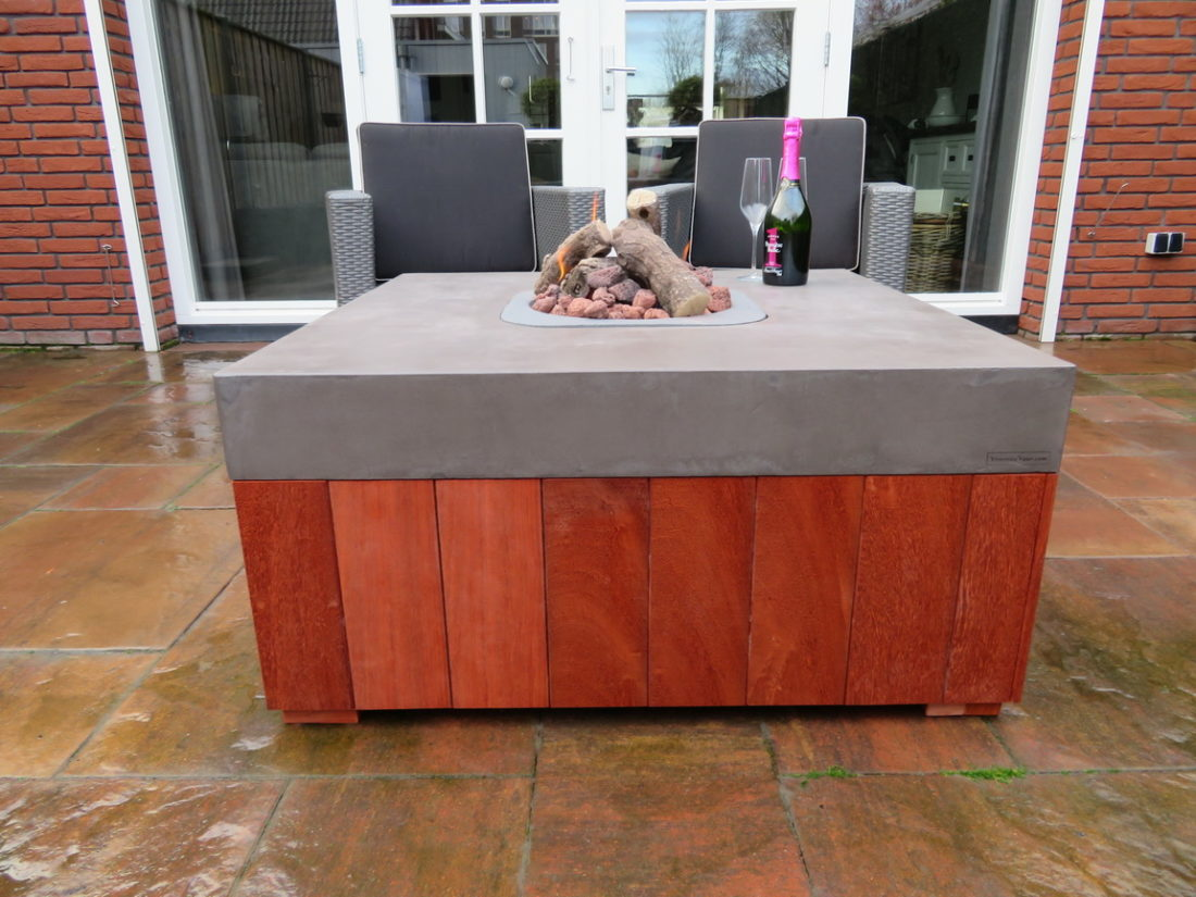 hardhouten tafels